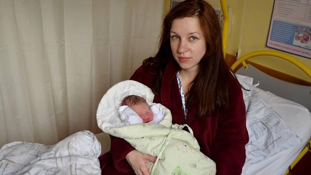 Josef Smolka se narodil mamince Lucii a stal se prvním dítětem roku 2020, které přišlo na svět v porodnici Slezské nemocnice vOpavě.