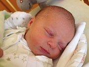 Tobiáš Pavlica se narodil 21. listopadu, vážil 3,73 kilogramu a měřil 50 centimetrů. Rodiče Lenka a Michal z Vítkova přejí svému prvorozenému synovi do života především zdraví.