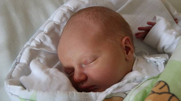 Vilém Puffler se narodil 6. listopadu 2018, vážil 3,21 kilogramu a měřil 51 centimetrů. Rodiče Veronika a Ján z Opavy přejí svému prvorozenému synovi zdraví, štěstí a aby měl stále úsměv na tváři.