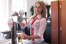 Pro Evu Beňovičovou je čepování piva potěšení.