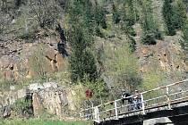 Cyklostezka by se měla přesunout na druhý břeh řeky Moravice.