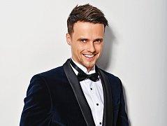 Michal Žůrek soutěží pod číslem šest.