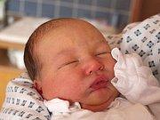 Matyáš Gilík se narodil 31. října, vážil 3,55 kilogramu a měřil 49 centimetrů. Rodiče Kateřina a Jakub z Opavy přejí svému prvorozenému synovi do života hlavně zdraví a štěstí.
