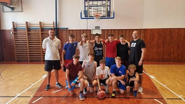 Basketbalová devetánctka Opavy už má za sebou první zápas