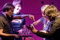 Skupina KOFE–IN v rámci turné Libertin navštívila i Prahu, kde se uskutečnil první ze křtů nového alba.