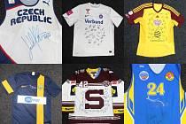 Popáté je součástí charitativního projektu Pomozte postiženým dětem, jehož duchovním otcem je Andreas Drastík, aukce sportovních dresů, která probíhá na našem webu.