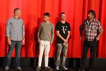 Na slavnostní opavskou předpremiéru dorazili i někteří herci z komedie Strašidla. Zleva Bronislav Kotiš, Petr Šimčák, Matěj Hádek a nechyběl také režisér Zdeněk Troška.