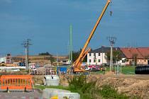 Východní část severního obchvatu roste díky nepřerušovaným stavebním pracím jako zvody. Pokud nedojde knepředvídaným problémům, může být zprovozněna na přelomu let 2019 a 2020.