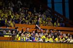 Pátý zápas čtvrtfinále playoff Kooperativa NBL mezi USK a BK Opava hrané v Praze v hale na Folimance. Fanoušci BK Opava.