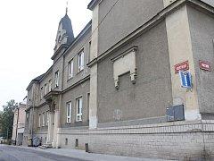 Základní škola Vrchní musela být v úterý evakuována.