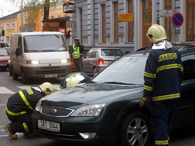 Nehoda na křižovatce Nákladní - Pekařská ze sedmého listopadu loňského roku.