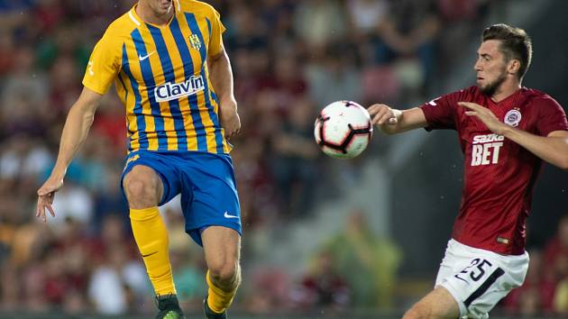 Do Opavy přichází fotbalista se sparťanskou minulostí (vpravo)