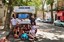 Devítičlenná skupina cestovatelů brázdí Jižní Ameriku už měsíc.