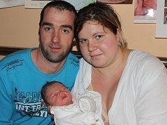 """Sebastian Saliger se narodil 25. prosince, vážil 3,58 kg a měřil 52 cm. Jeho rodiče jsou ze Stěbořic a svému prvnímu miminku přejí hodně zdraví. """"Ať nám pěkně roste a dělá jen samou radost,"""" říkají."""