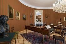 Beethovenův klavír z hradeckého zámku změnil své stanoviště a až do 15. března bude k vidění na Pražském hradě.