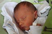 Nela Benková se narodila 22. prosince 2018, vážila 2,58 kilogramu a měřila 47 centimetrů. Rodiče Tereza a David z Opavy přejí své prvorozené dceři do života hlavně zdraví a spokojenost.