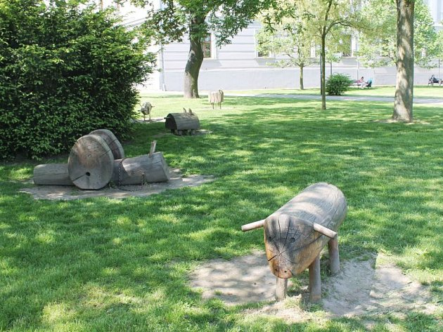 Rozšíření dětského hřiště na náměstí Osvoboditelů je jedním z finálových projektů.