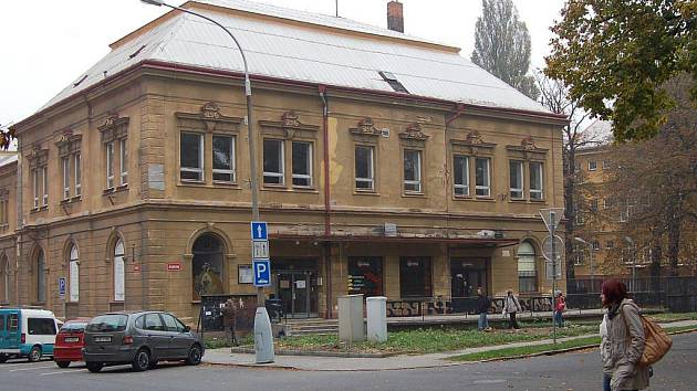 Kulturní dům Na Rybníčku (12. října 2010).