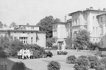 Nemocnice začínala růst v roce 1898 a za dva roky zahájila provoz. Postupem let byly jednotlivé pavilony upravovány a přestavovány podle aktuálních potřeb.