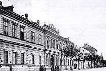 Objekt věznice na Krnovksé ulici vznikl z vojenské věznice.