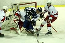 Opavským hokejovým juniorům se v úterý podařilo na domácím ledě překvapivě porazit Plzeň.