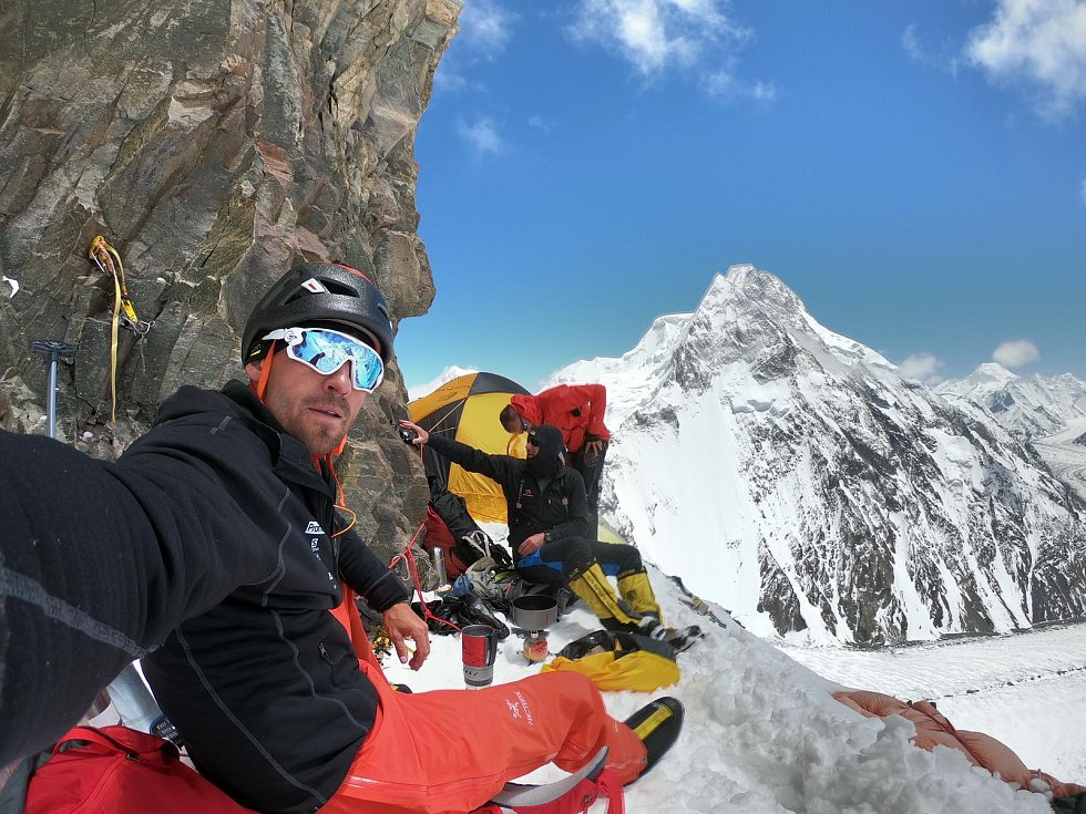 Tomáš Petreček čelí druhé nejvyšší hoře světa.