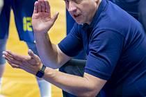 Trenér Opavy David Klapetek.