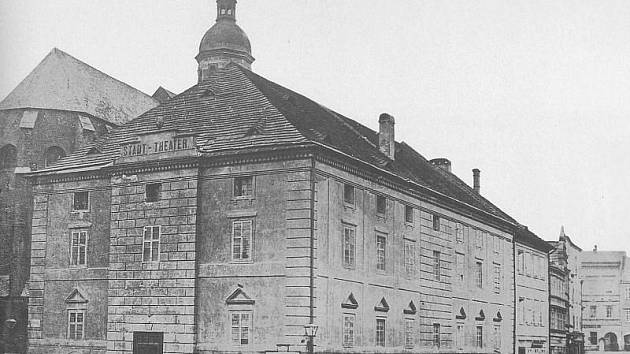 Podoba opavského divadla z 19. století.