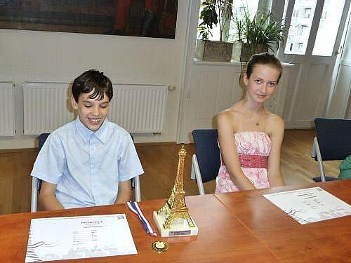Žáci opavské školy Petr Hendrych a Klára Odehnalová se v životě určitě neztratí.