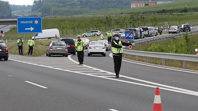 Dopravně bezpečnostní akce na silnici I/11.
