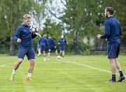 Druholigová Opava začala v sobotu letní přípravu na novou sezonu. Trenér Roman Skuhravý přivítal na tréninku i všechny avizované posily.