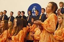 Mladí lidé dokážou více, než jen vysedávat u počítačů. Dokázal to mj. třináctý ročník festivalu Opava cantat.