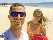 Jan Schaffartzik vyrazil s přítelkyní  Ladou do Portugalska, přesněji do Algarve.