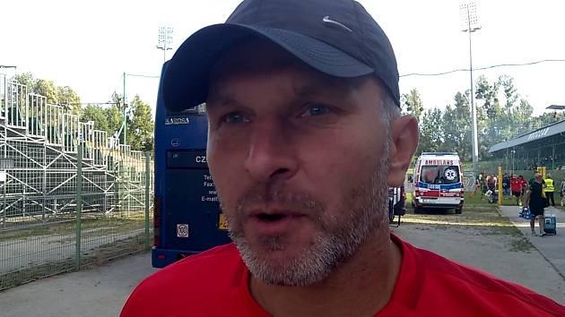 Trenér Roman Skuhravý.