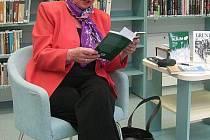 Anna Malchárková pokřtí den po konferenci svůj román Vyhnalovec.