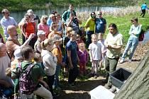 Při komentované prohlídce se návštěvníci blíže seznámí s mokřadním ekosystémem.