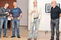 Fotografie ze zahájení výstavy: zleva pedagogové ITF Karel Poneš a Václav Podestát, zástupce vedoucího ITF Jiří Siostrzonek, vedoucí ITF Vladimír Birgus.