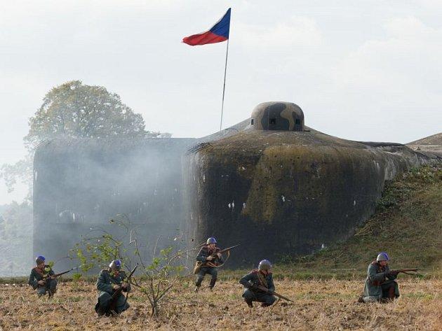 Klub vojenské historie připravil pro návštěvníku milostovické pevnosti dvě plně vyzbrojené místnosti.