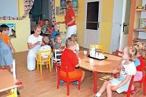 Dětské rehabilitace Hlučín získala z nadace peníze na počítač se specializovaným vybavením a programy, které pomohou při výchovně vzdělávacím procesu dětí.