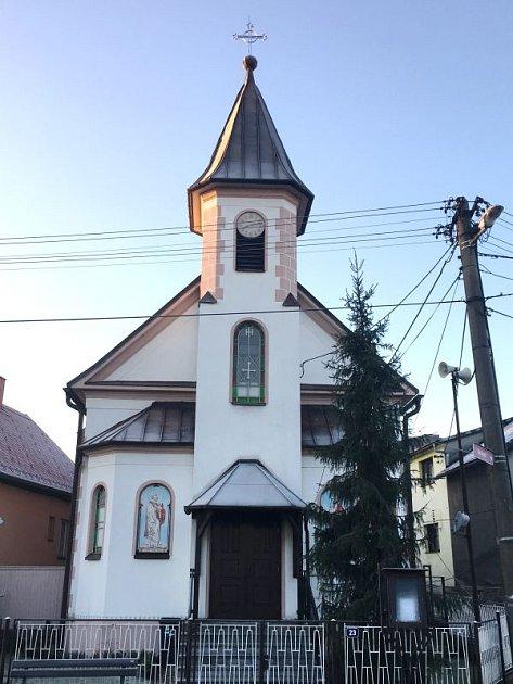 Kaple sv. Petra a Pavla v Rohově.