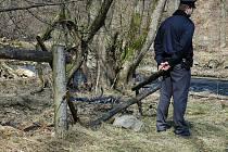 Fotografie z místa nálezu těla.