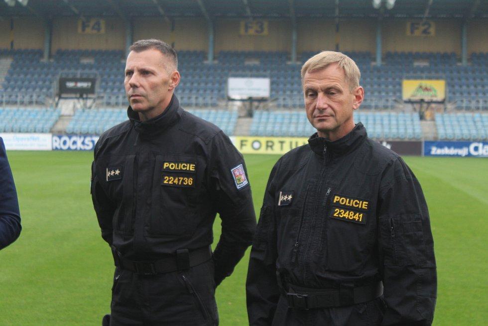 Před nedělním derby se na stadionu v Městských sadech sešli zástupci města, policie a Slezského FC.
