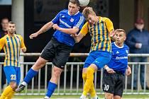 Fotbalisté Nového Jičína (v modrém) vyhráli v Bohumíně