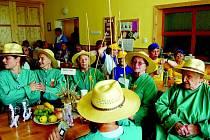 Den otevřených dveří v Domově Bílá Opava mezi sebou soutěžilo pět družstev ze spřátelených domovů.