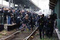 Počet baníkovců, kteří dorazili do Opavy, přesahoval hranici jednoho tisíce lidí.