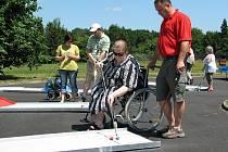 Na turnaji Hrabyně open 2010 si zahrálo 110 hráčů z řad obyvatel rehabilitačního centra, zaměstnanců a hostů.
