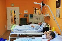 Pacienti plicního oddělení Slezské nemocnice v Opavě.
