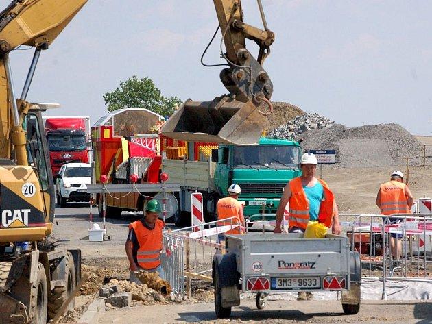 Stavební práce na spojnici S 1 jsou v plném proudu.