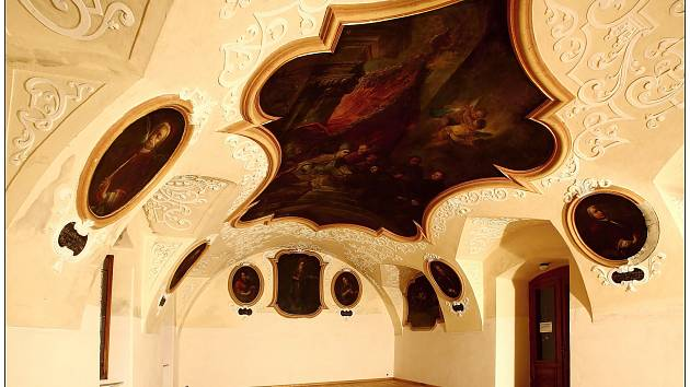 Refektář krnovského kláštera minoritů se podařilo ochránit před vlhkostí a vzlínající vodou.