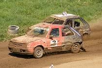 Auto hobby cross se stal v Rýmařově obrovsky populárním sportem, závodí dokonce i celé rodiny. Tyto závody přinášejí spoustu soubojů na trati a hodně adrenalinu.